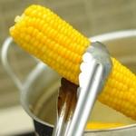 молода варена кукурудза