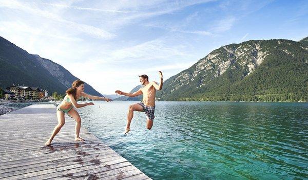 стрибки в воду