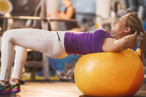 исправить осанку упражнения